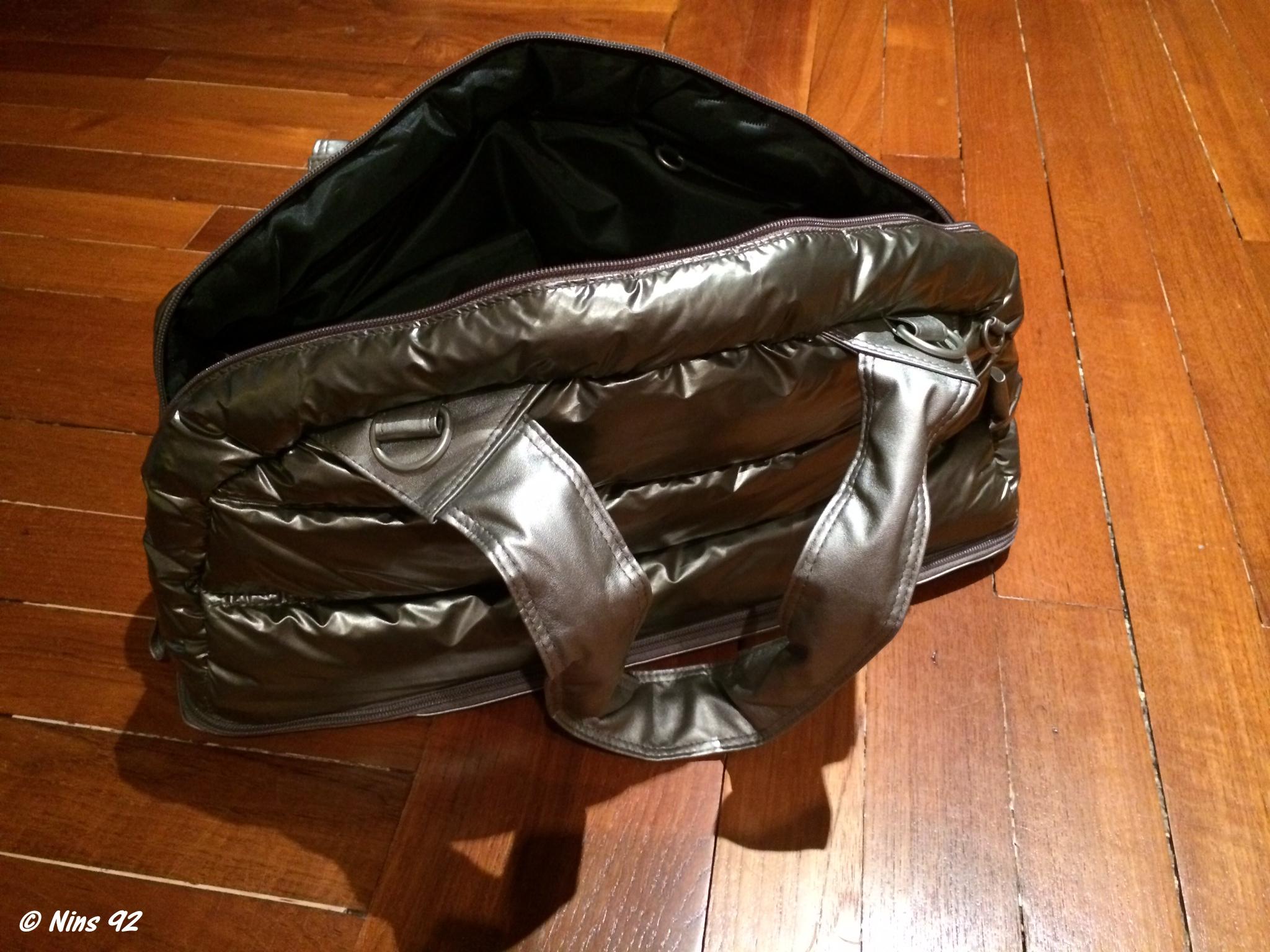 Lorsque j ai reçu le sac, il était emballé dans un autre grand sac en  toile, comme les sacs de grandes marques. J ai trouvé ça ultra class. b470c4f7ddd9